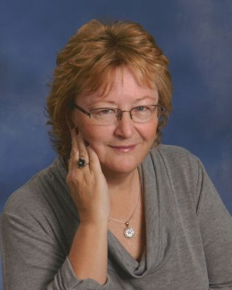 Debbie DeBie - Certified Redesigner and Home Stager - The Space Arranger